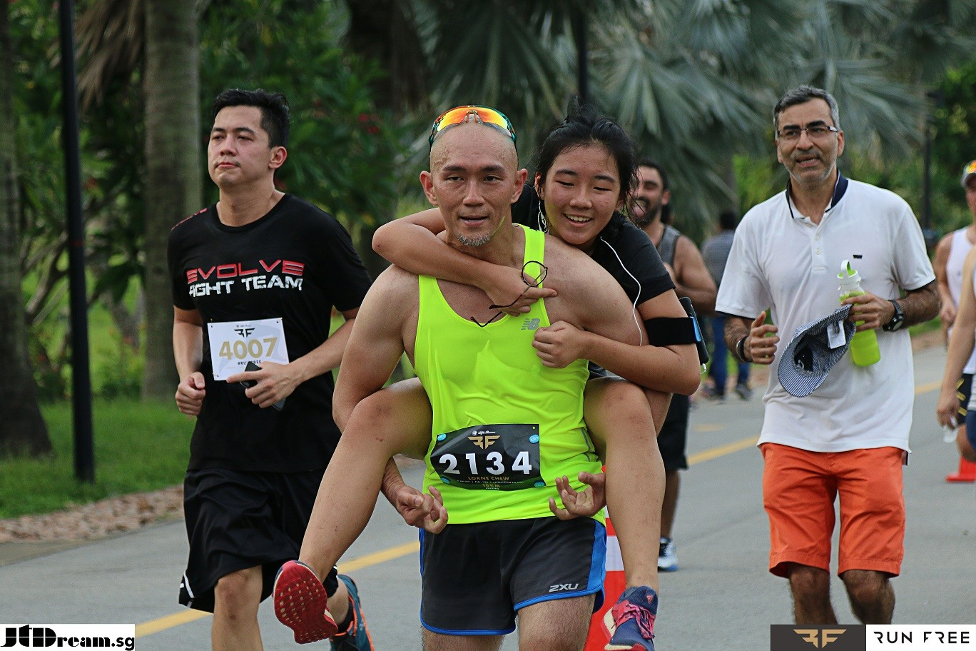 Our customer wearing Blitz XI while running